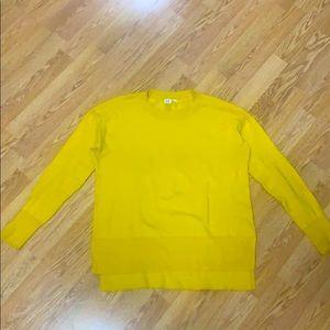 2/$30 GAP crewneck sweater